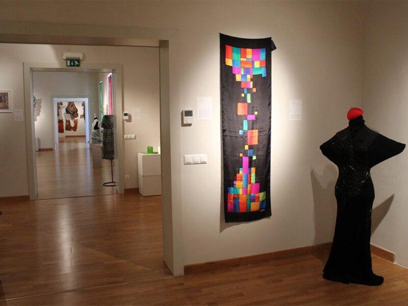 selyemfestés kiállítás